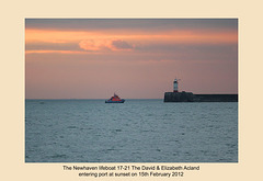 Newhaven lifeboat returns home as the sun sets - 15.2.2012