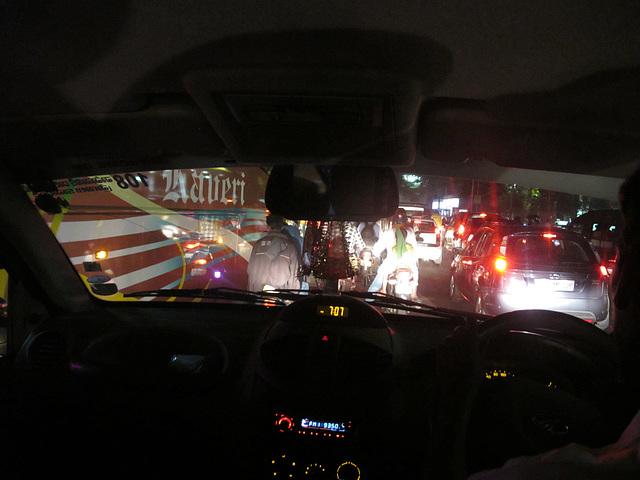 rouler dans bangalore nocturne