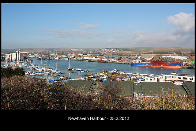 Newhaven Harbour - 25.2.2012