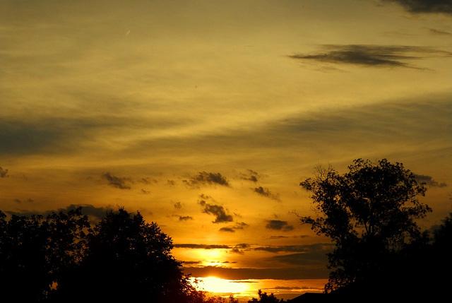 Ohio sunrise or maybe sunset??