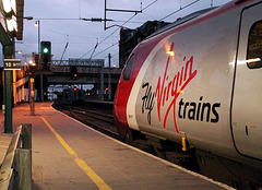 390117, `Virgin Prince` (1S87, London Euston - Glasgow Central)