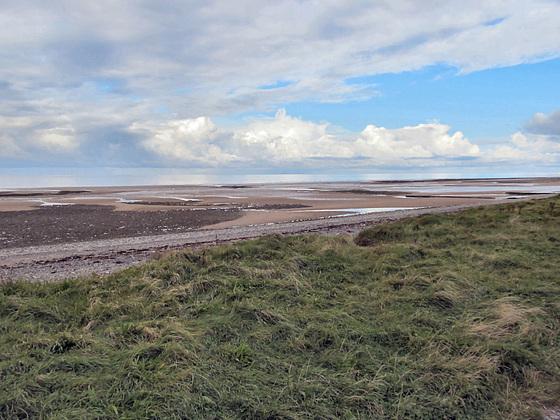 01 low tide on Walney beach