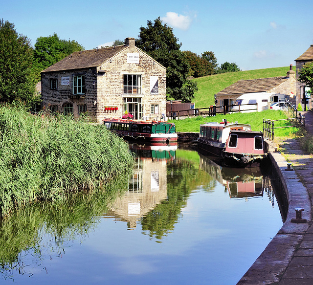 Canal and wharf at Foulridge.