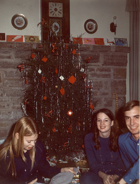 Jeanne, Mary and Rick, Christmas, 1970