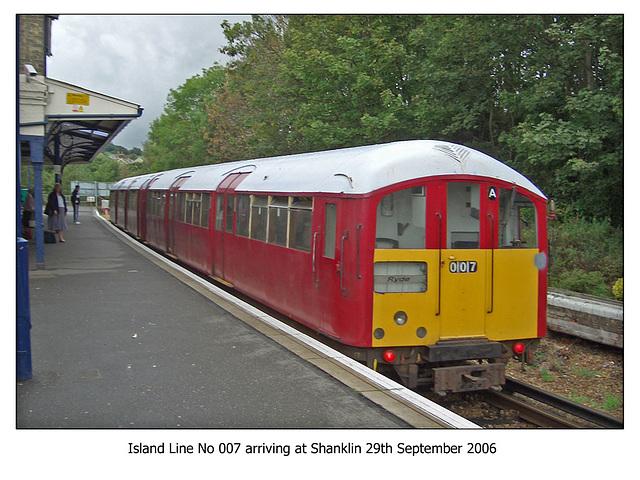 Island Line 007 Shanklin 29 9 2006