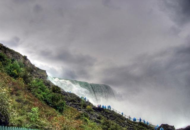 Volunteering for a shower, American Falls, Niagara (210°)