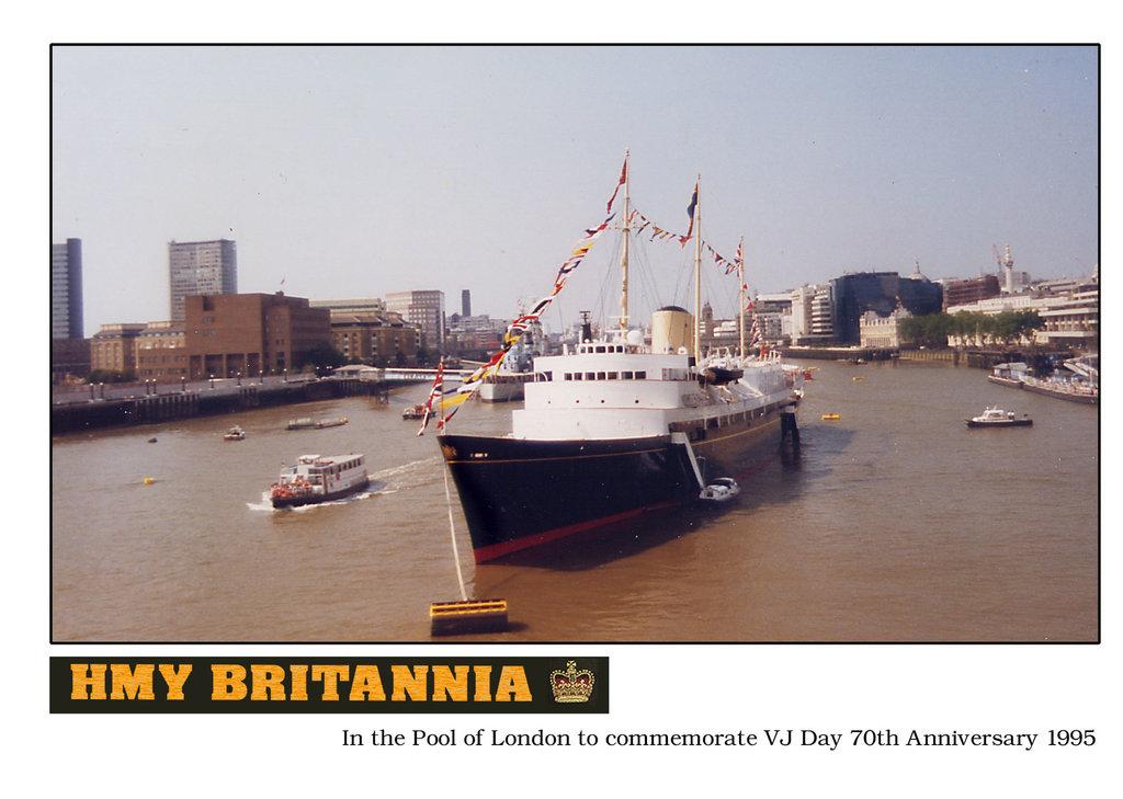 HMY Britannia VJ Day 1995 Pool of London b