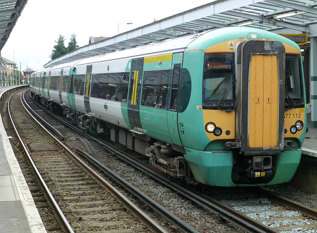 377112 at Chichester - 16 August 2013