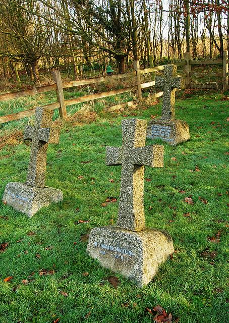 Frostenden Churchyard. Hickling Memorial (12)