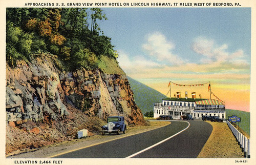 Grand View Ship Hotel, Approach to the Hotel, Lincoln Highway, West of Bedford, Pa.