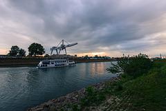 Abend am Hafen - 20130831