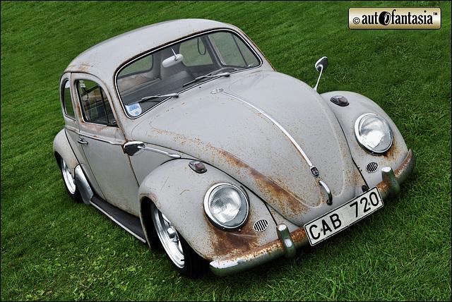 VW Beetle - CAB 720 - Details Unknown