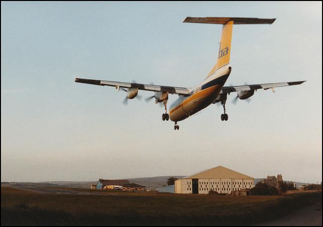 Dash 7 landing