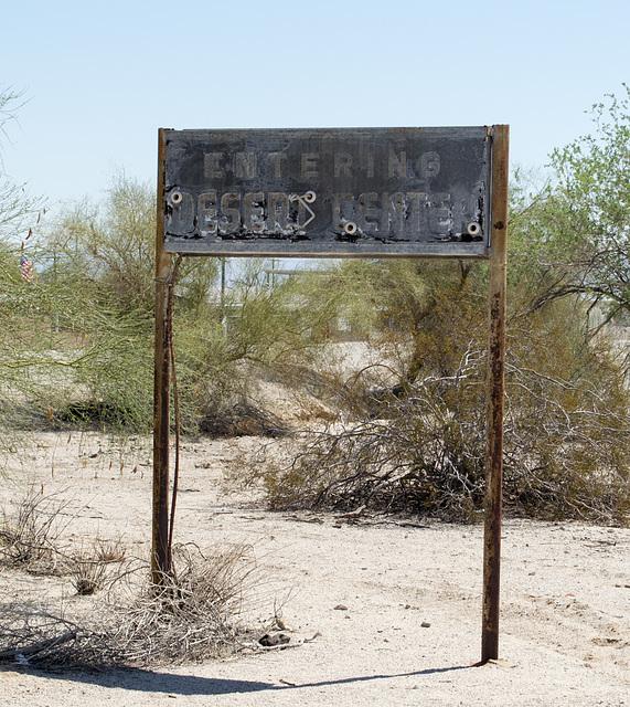 Desert Center, CA (0641)