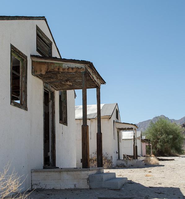Desert Center, CA (0633)