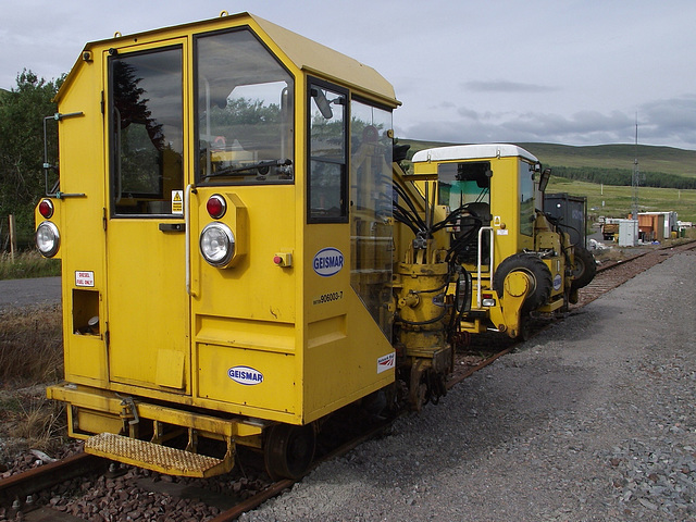 Sleeper changer stabled at Achnasheen