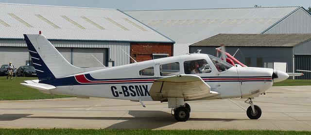 Piper PA-28-181 Cherokee Archer II G-BSNX