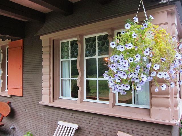 Fenster mit profilierten Wangen