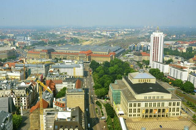 Leipzig 2013 – View of the Opera, Wintergarten-Hochhaus and the railway station