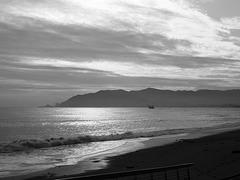 Costa Ligure in controluce