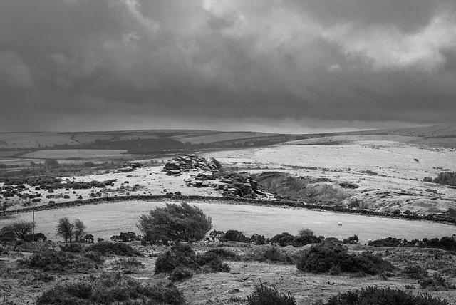 Dartmoor - Rain coming in - 20130412