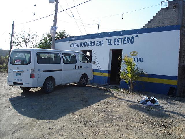 """Bar """" El Estero""""."""