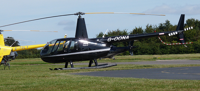 Robinson R44 Clipper II G-OONA