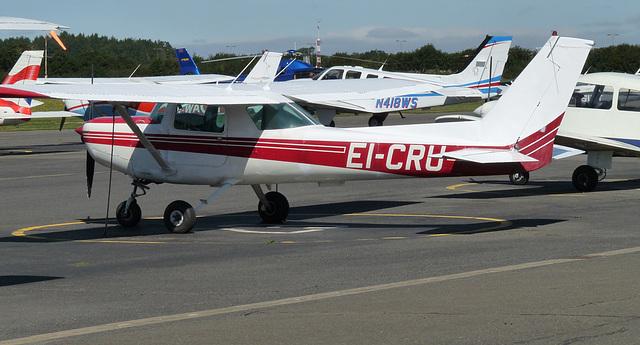 Cessna 152 EI-CRU
