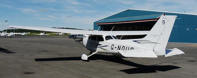 Cessna 172S Skylane G-NOUS