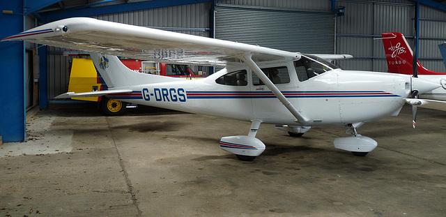 Cessna 182S Skylane G-DRGS