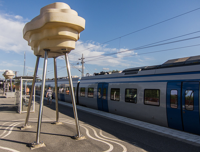 Train wih oddly shaped lights