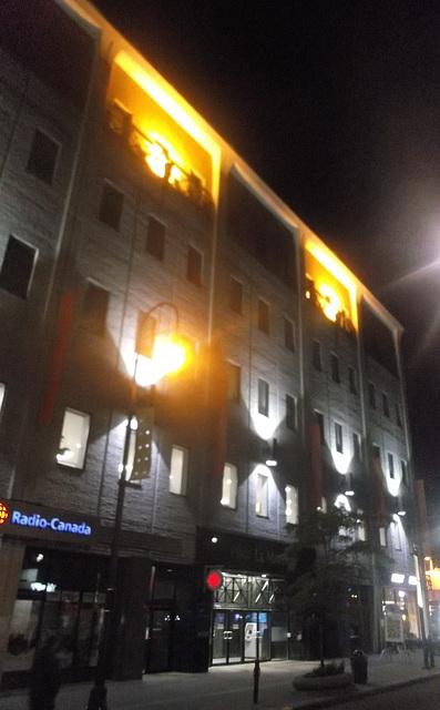 Radio Canada sous les projecteurs  / In the spotlight -Version recadrée