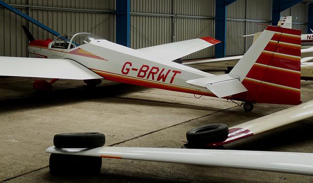 Scheibe SF25C G-BRWT