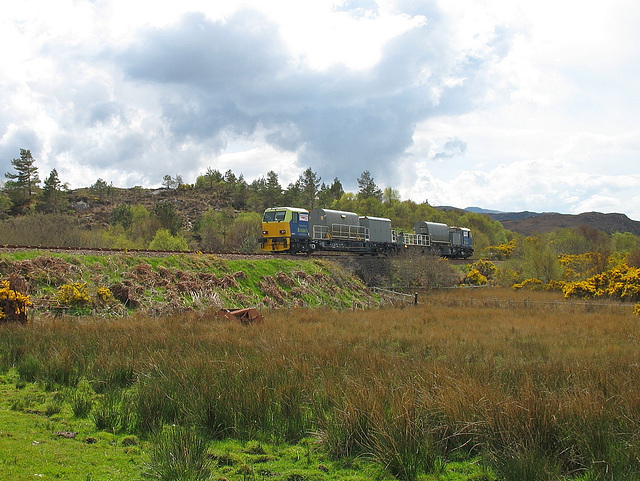 Network Rail weedkiller train approaches Plockton