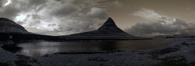 Kirkjufell Panorama (Default Color)