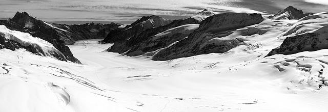 Jungfraujoch - Infrared Panorama