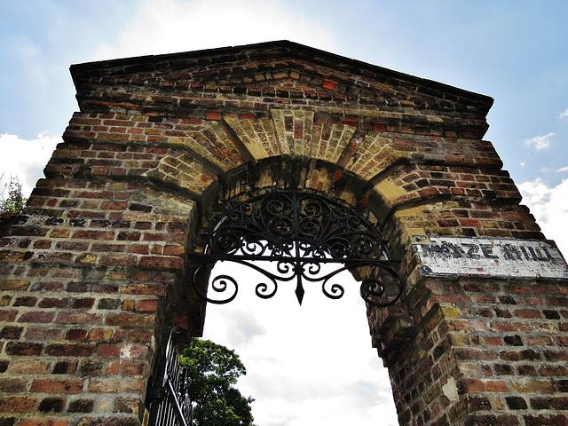 maze hill gate to greenwich park, london