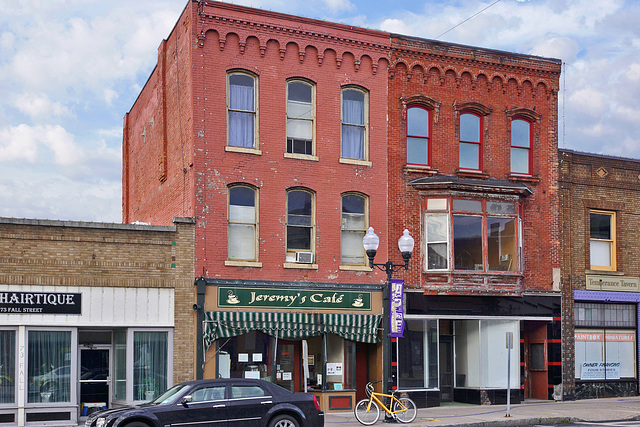 Jeremy's Café – Fall Street, Seneca Falls, New York