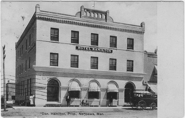 [Hotel Hamilton, Neepawa, Man.]