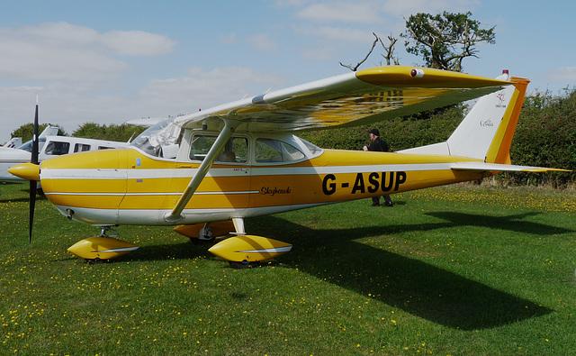 Cessna F172E Skyhawk G-ASUP