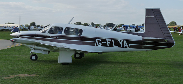 Mooney M20J G-FLYA