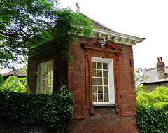 gazebo, the grange, croom's hill, greenwich, london