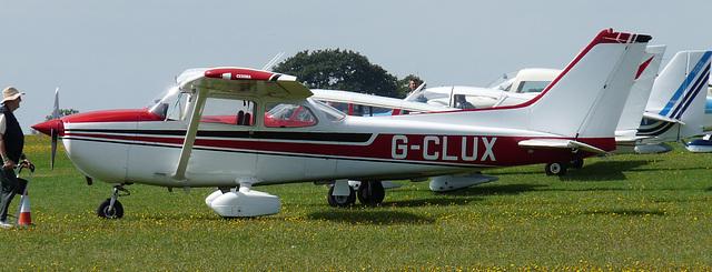 Reims Cessna F172N Skyhawk G-CLUX