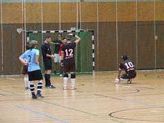 Ablauf eines Sechsmeter - Strafstosses beim Blindenfußball