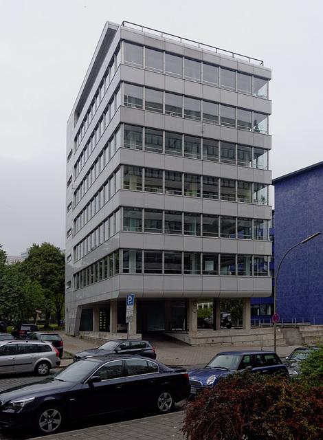 hochhaus-1170234 DxO copy