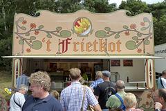 Oldtimerfestival Ravels 2013 – Frietkot