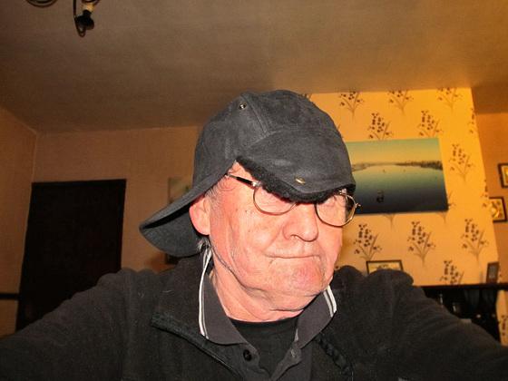 04 hat