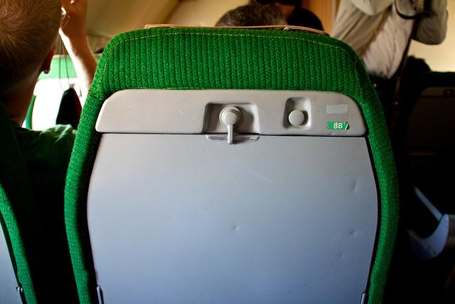 IL18 seatback