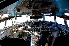 IL18 Cockpit