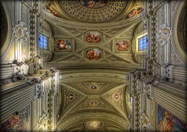Chiesa Parrocchiale San Giovanni Battista ......Barge (CN)